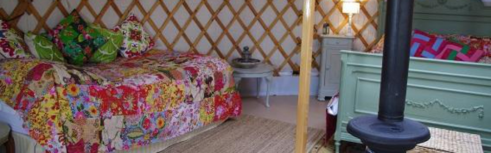 yurt-interior-for-slide-show-3